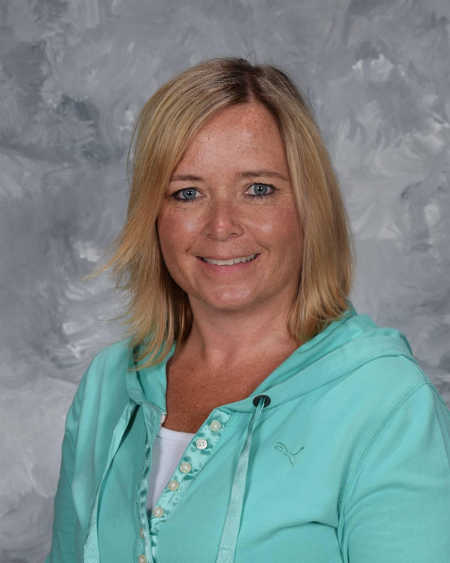 Staff picture Deanna Paglio