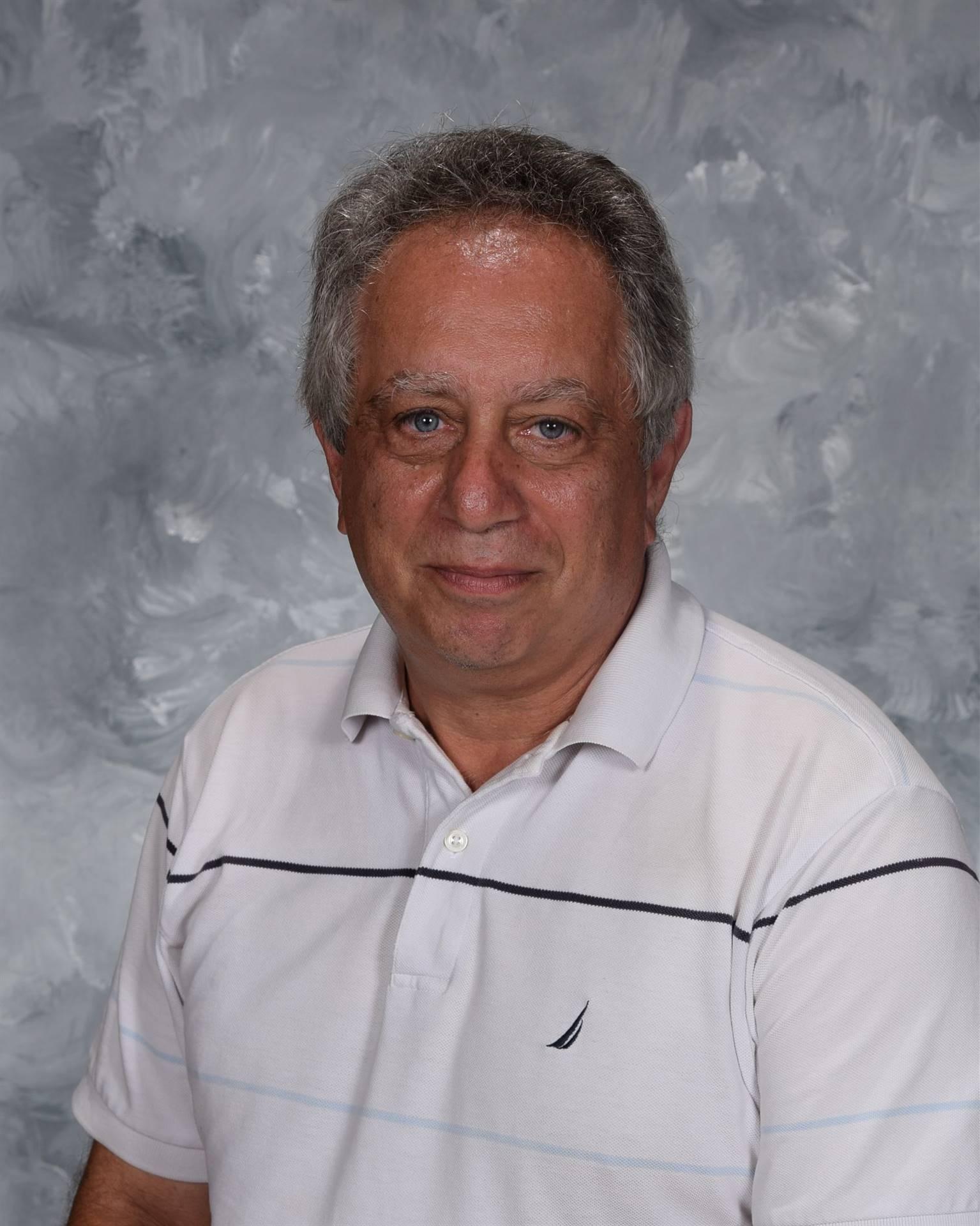 staff picture Dave Salem