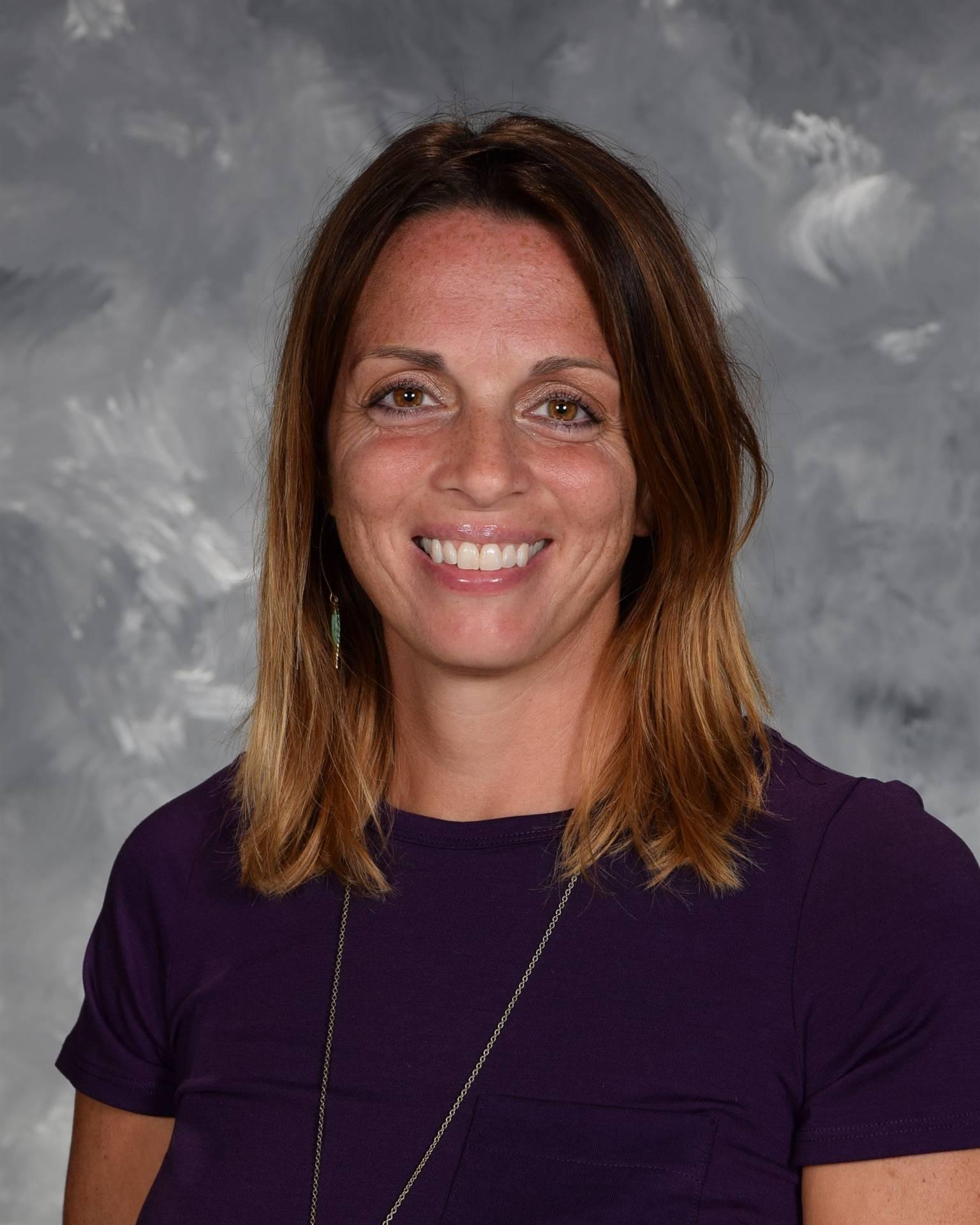 Staff Picture Nicole Durosko